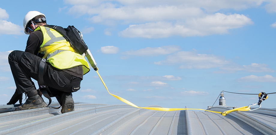 How to stay safe in summer when working at heights